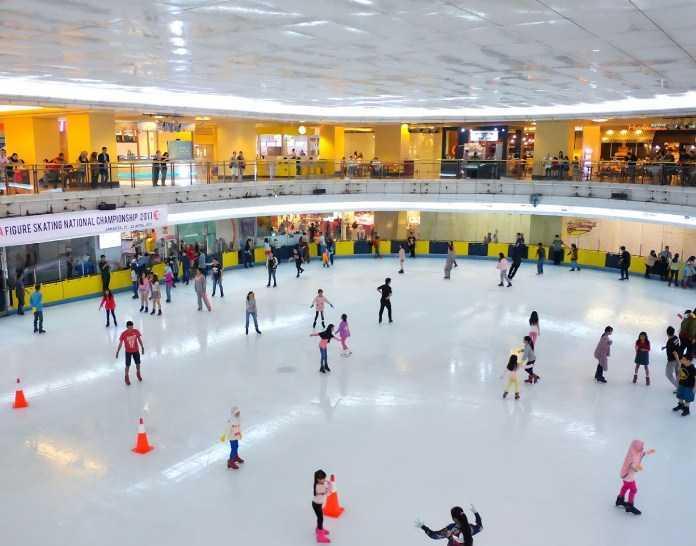 Sky Rink by Mall Taman Anggrek