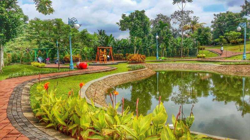 Taman Spathodea - Sandholiday